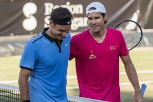 Federer saludo a Haas tras perder en Stuttgart