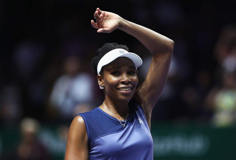 Venus Williams celebra su pase a la final de Singapur