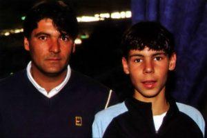 Rafa Nadal con Toni Nadal en uno de sus primeros torneos
