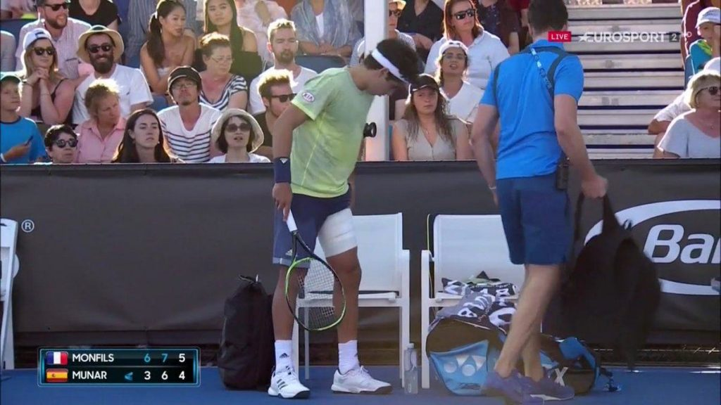 Jaume Munar solicita al fisio Open de Australia 2018