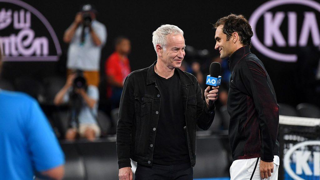 Federer entrevistado tras la victoria en su debut Open de Australia 2018