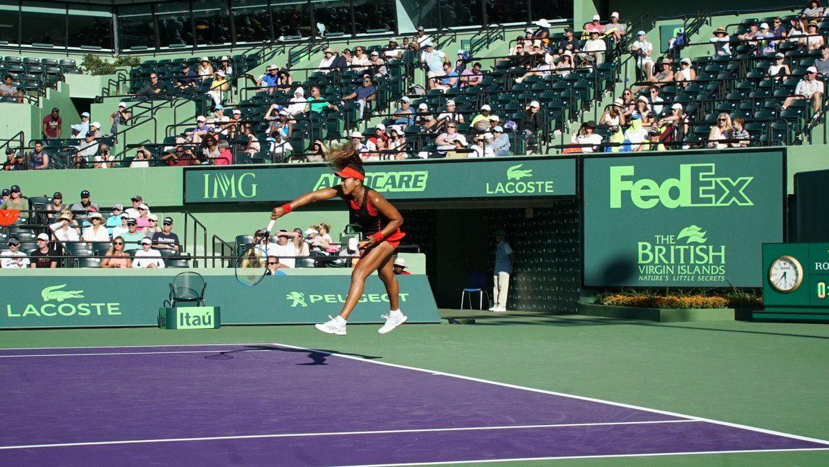 Naomi Osaka sirviendo en Miami