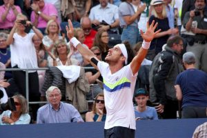 Leonardo Mayer celebra un triunfo