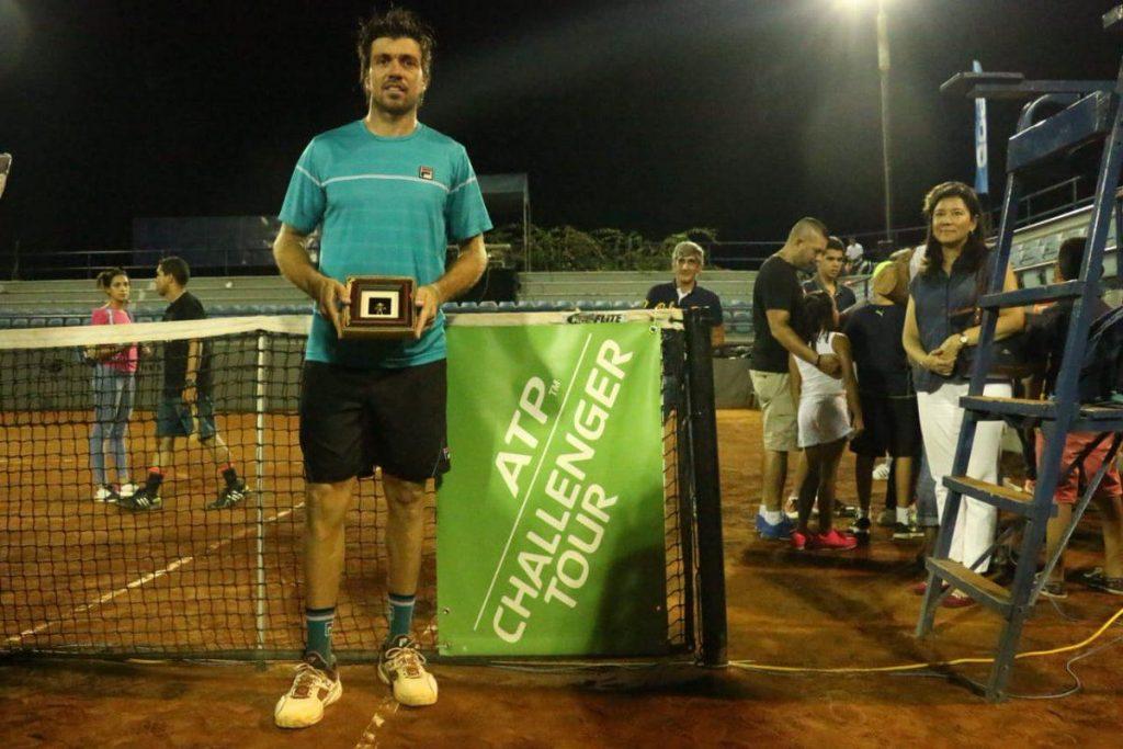 Charly Berlocq con el título del Challenger Ciudad de Panamá