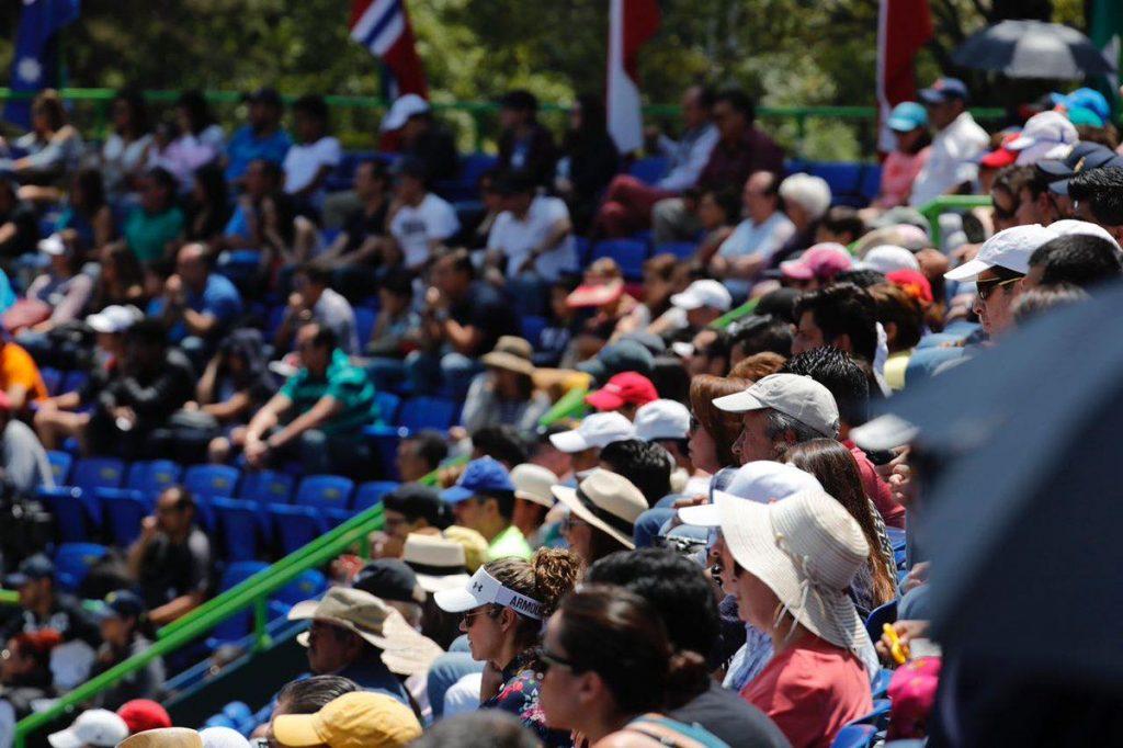 Público en el Challenger de México