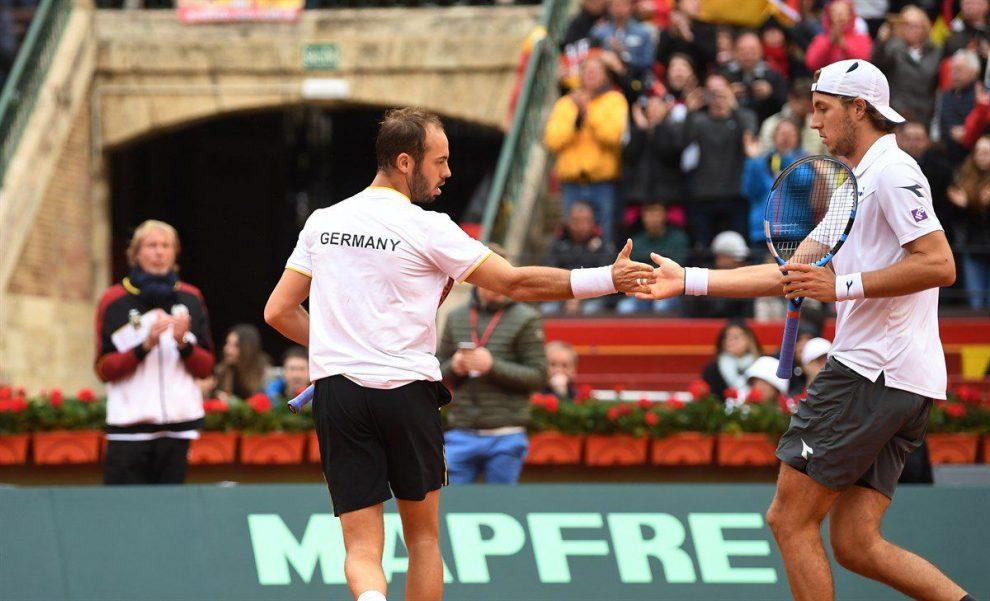 Puetz y Struff celebran un punto en la Copa Davis