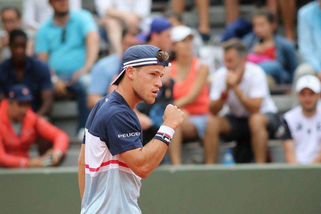 Schwartzman celebra un punto en Roland Garros
