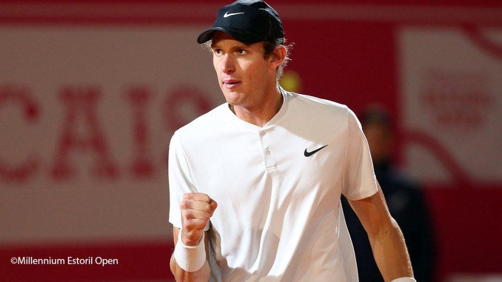 Jarry celebra un punto en el ATP de Estoril