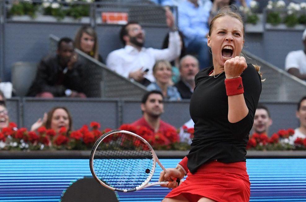 Kontaveit celebra la victoria ante Venus Williams en el Mutua Madrid Open