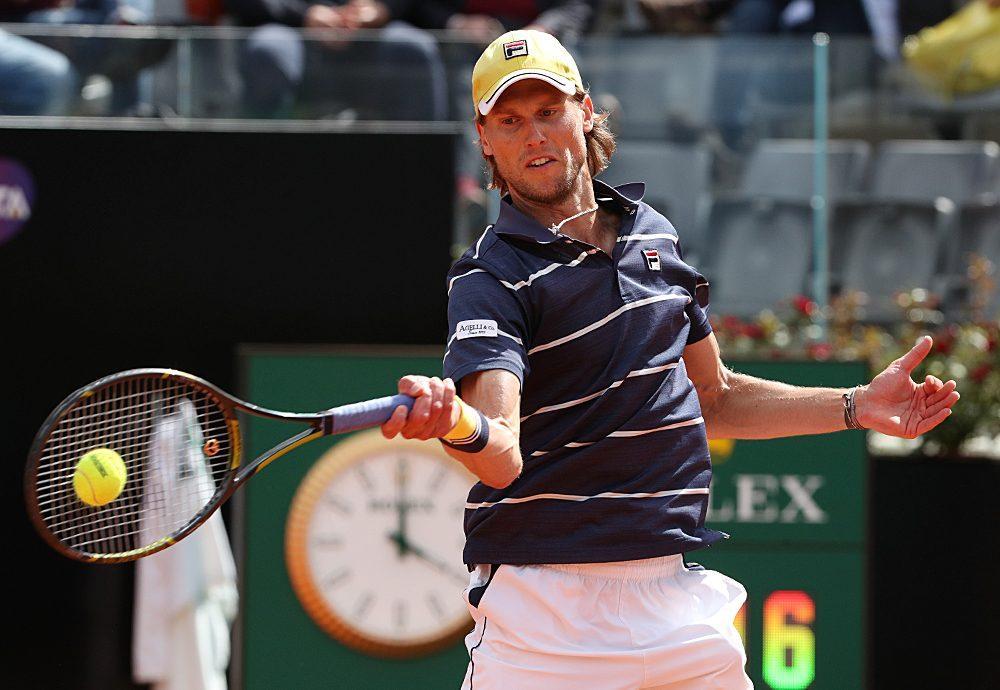 Seppi golpea una derecha en el Masters 1000 de Roma