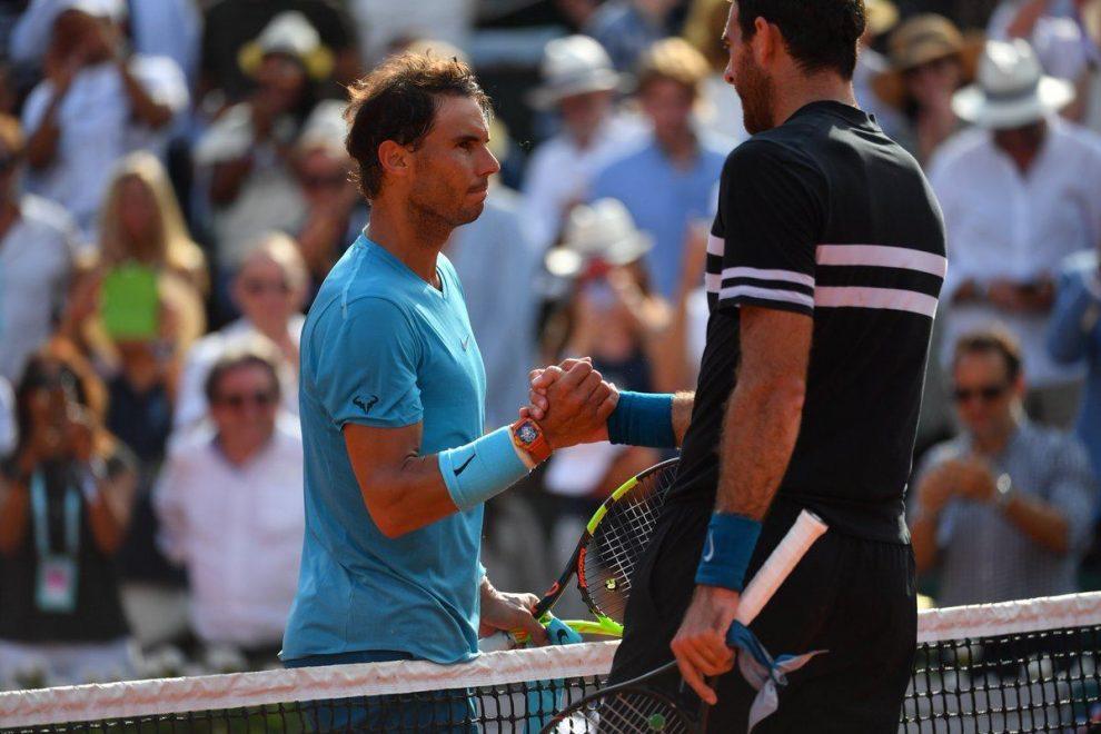 Nadal y Del Potro se saludan tras las semifinales de Roland Garros