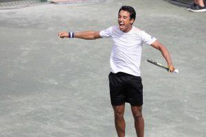 Hugo Dellien celebra la victoria en el Challenger de Savannah