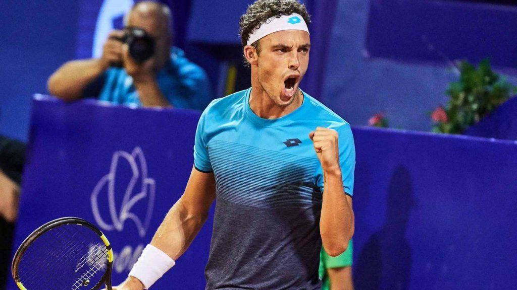Cecchinato celebra un punto en el ATP de Umag 250