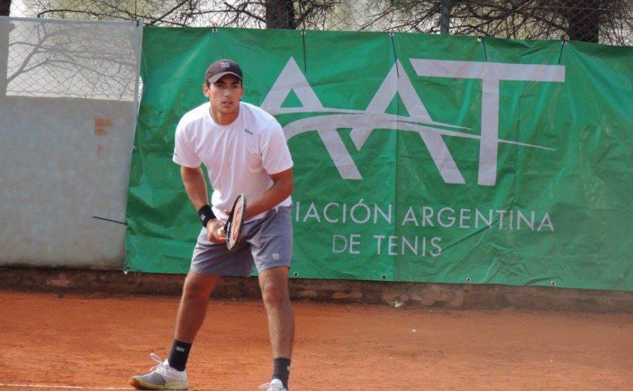 Jugando Ignacio Galarza disputando un partido