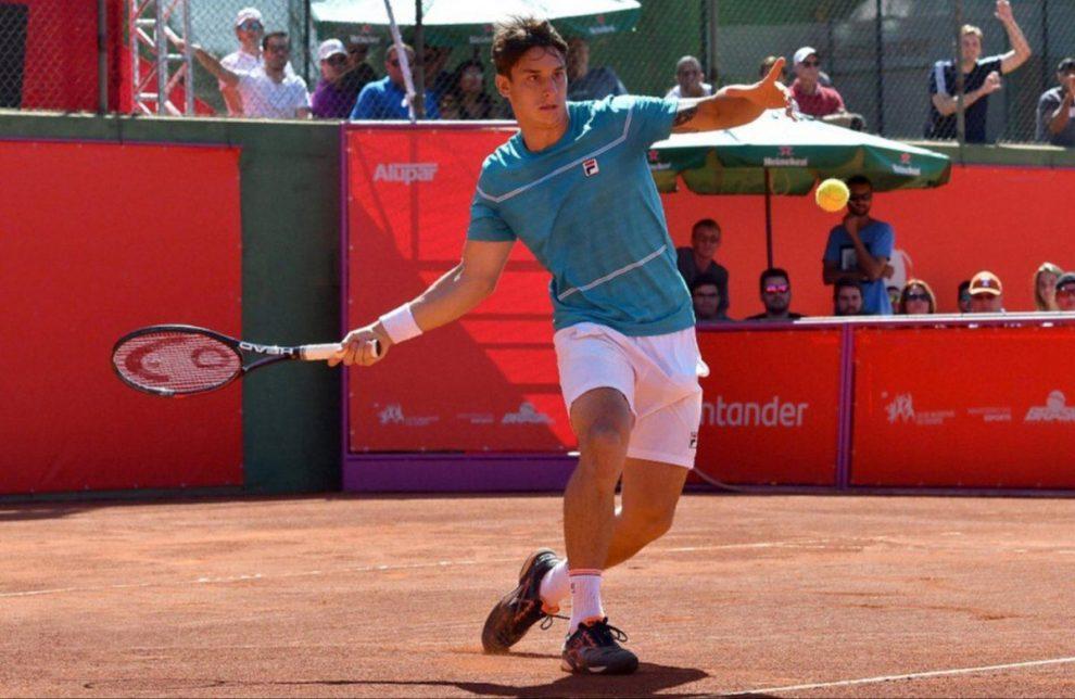 Camilo Ugo Carabelli en el Future de Villa María | Foto: @AATenis