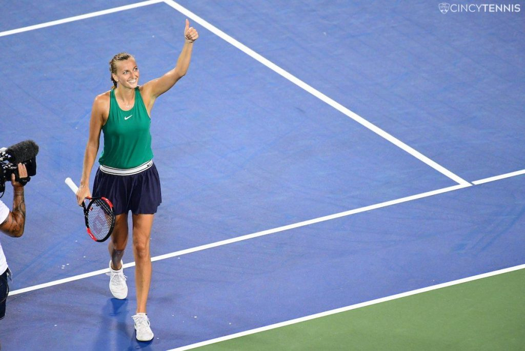 Kvitova saluda en Cincinnati tras su victoria ante S. Williams
