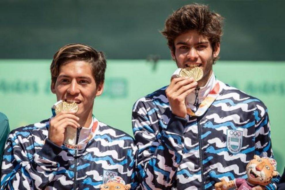 Sebastián Báez y Facundo Díaz Acosta disfrutan del Oro Olímpico en Buenos Aires 2018   Foto: Sergio Llamera / Prensa ITF