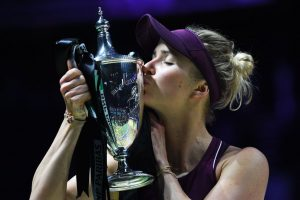 Elina Svitolina bea el título de campeona en las WTA Finals de Singapur