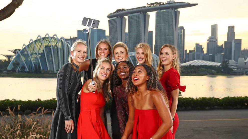 Las jugadoras se hacen un selfie antes de las WTA Finals de Singapur