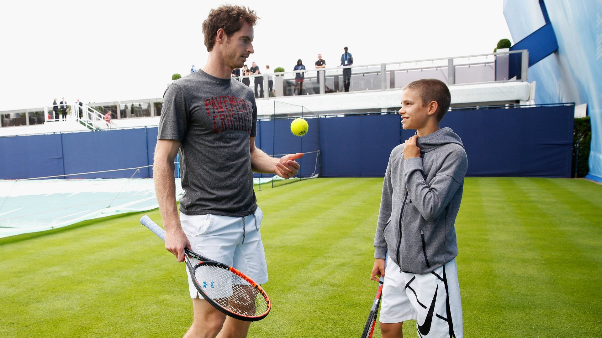Romeo Beckam con Andy Murray
