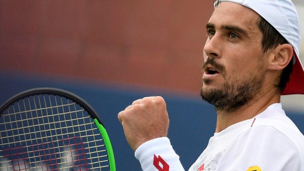 Guido Pella celebra el triunfo en el ATP de Doha