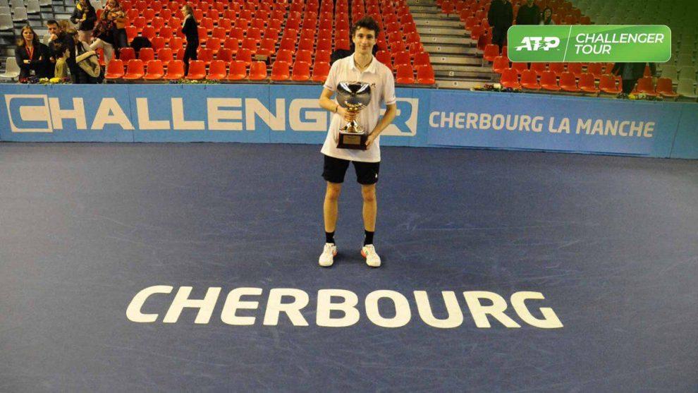 Humbert challenger Cherburgo