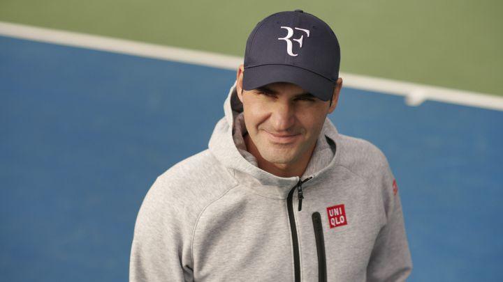 Federer logo UNIQLO