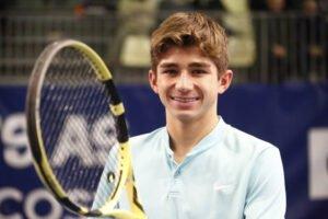 alexander razeghi tenis junior