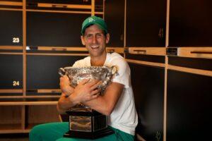 Djokovic claves título Australia