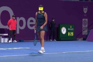 Garbiñe Muguruza saque tenis