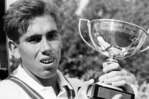 Manolo Santana leyenda tenis