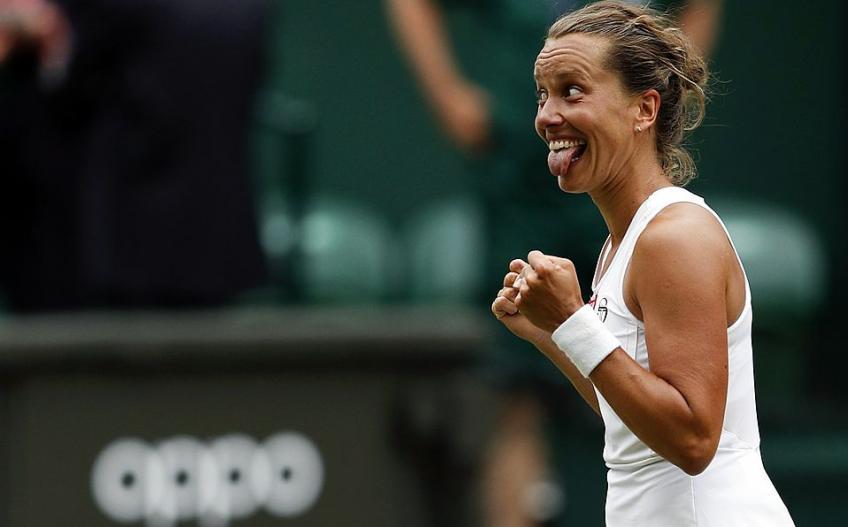 Barbora Strycova retirada tenis