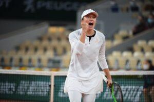 Swiatek Kontaveit Roland Garros