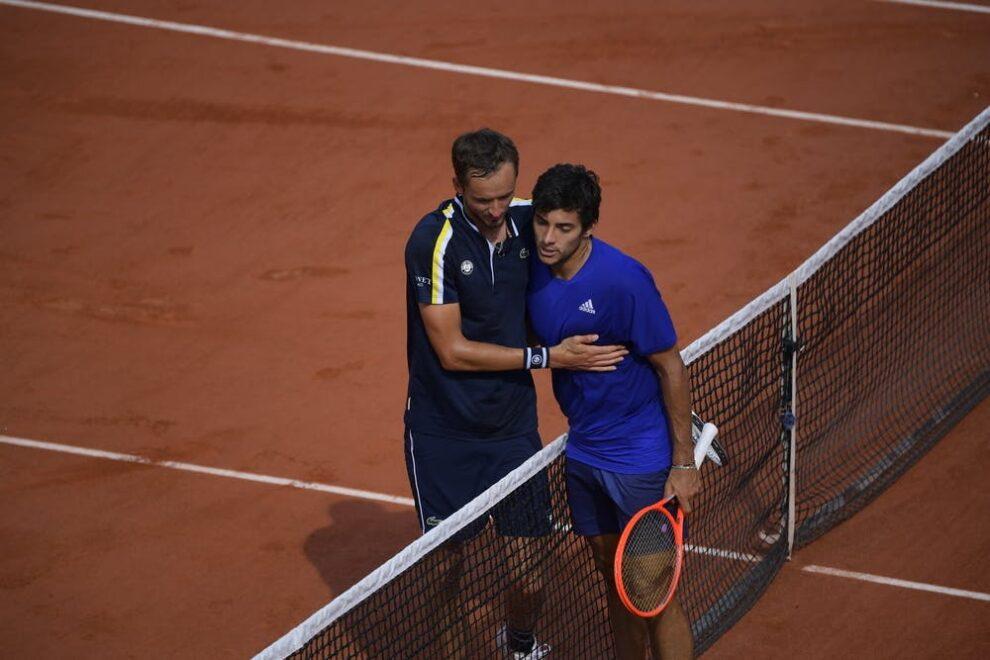 Garín derrota Roland Garros 2021