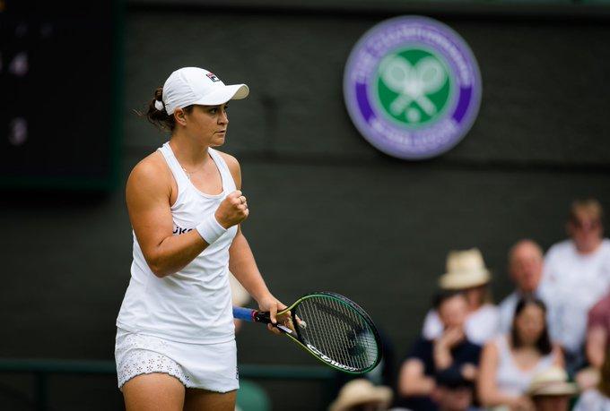 Barty Pisa Siniakova Wimbledon