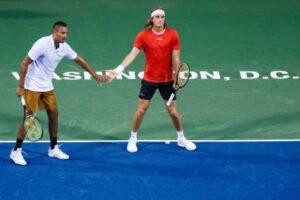 Tsitsipas Kyrgios coaching tenis