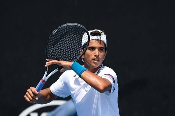 Zane Khan tenis estadounidense